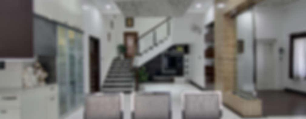Hall:  Corridor & hallway by KREATIVE HOUSE