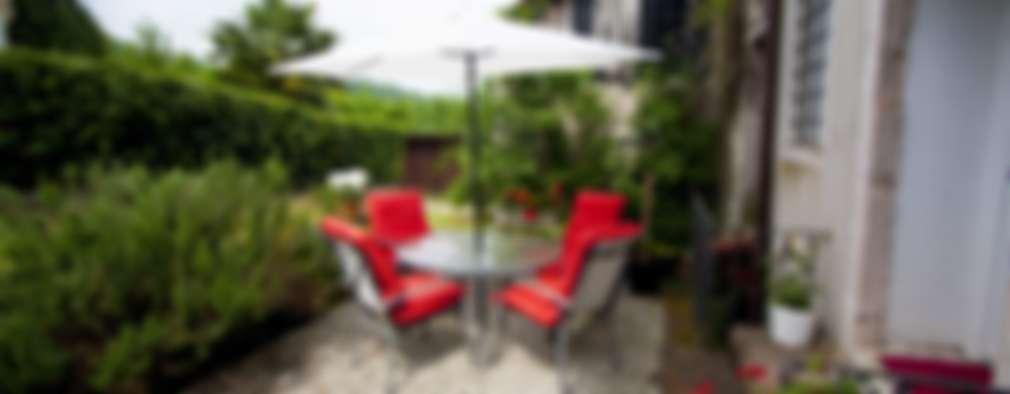 Jardines de estilo moderno por Studio HAUS