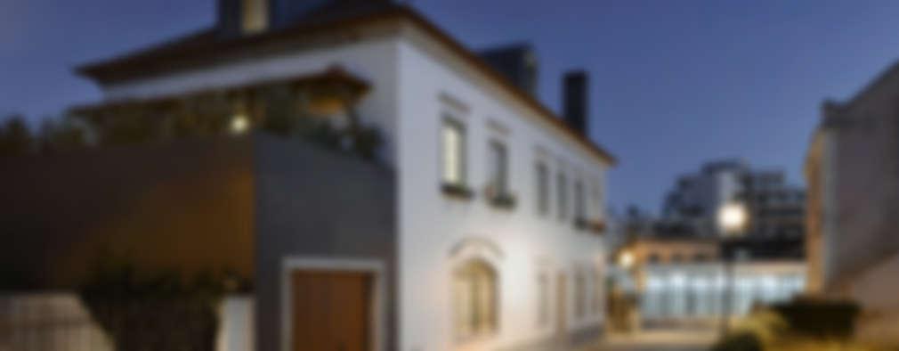 Casas de estilo moderno por Ricardo Moreno Arquitectos