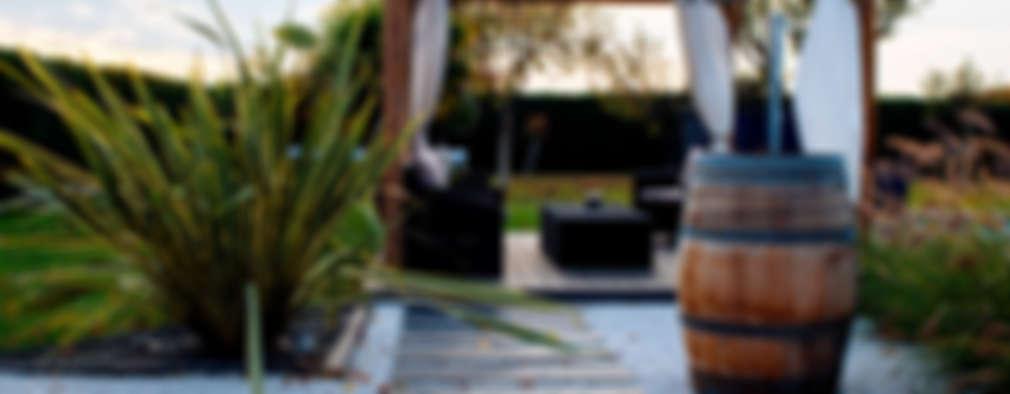 Jardines de estilo moderno por E/P DESIGN - Emilie Peyrille