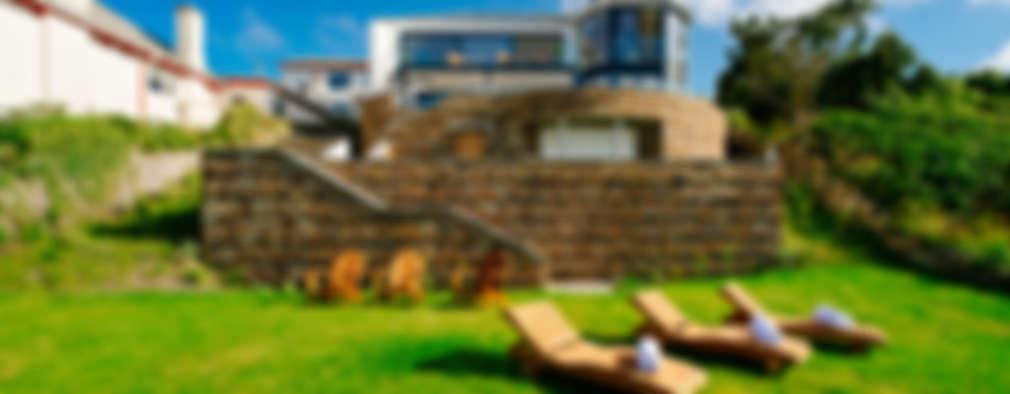 Projekty, nowoczesne Domy zaprojektowane przez Perfect Stays
