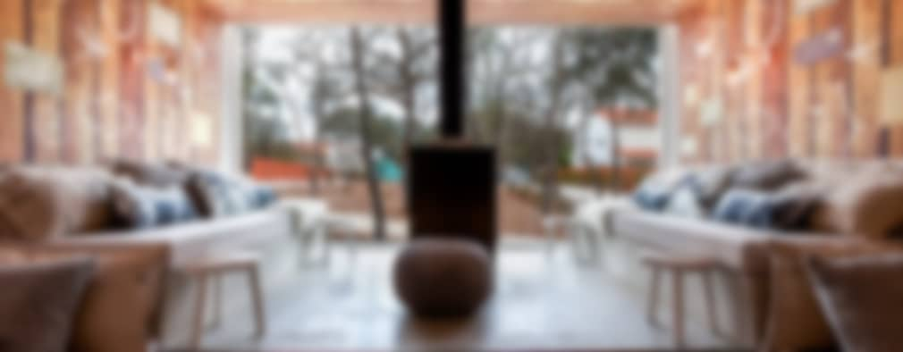 Salas de estilo rural por SegmentoPonto4