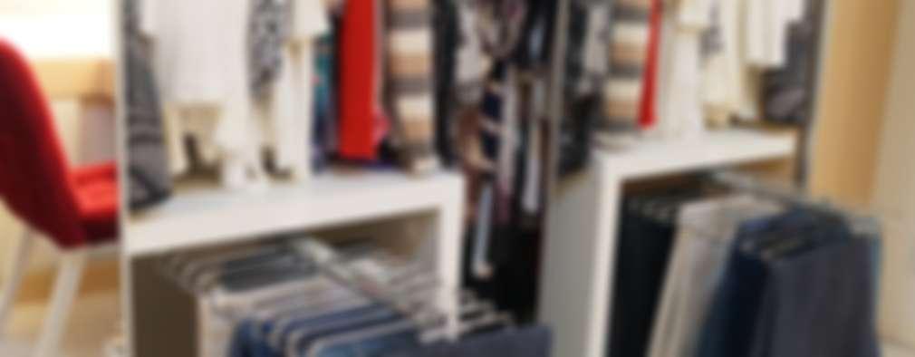 modern Dressing room by Catharina Quadros Arquitetura e Interiores