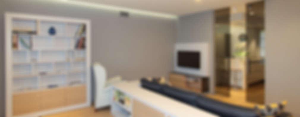 modern Living room by architetto roberta castelli