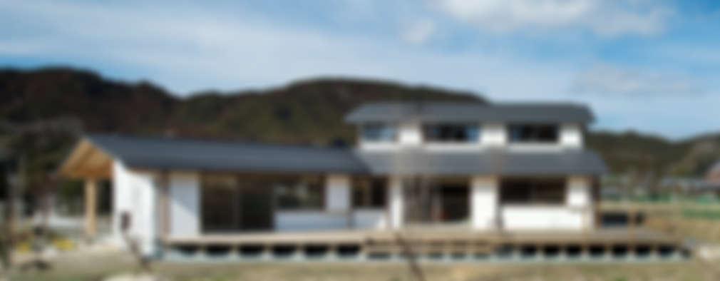 Projekty, eklektyczne Domy zaprojektowane przez 大森建築設計室