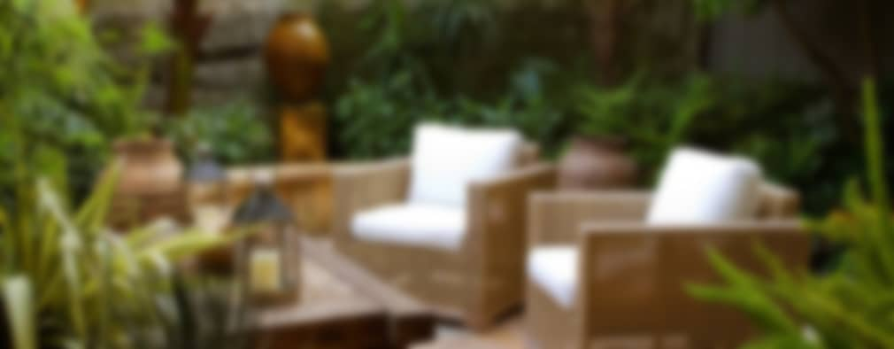Jardines de estilo ecléctico por Antonio Martins Interior Design Inc