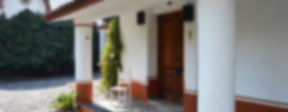 COUNTRY HOUSE IN MALINALCO MEXICO: Casas de estilo colonial por De Ovando Arquitectos
