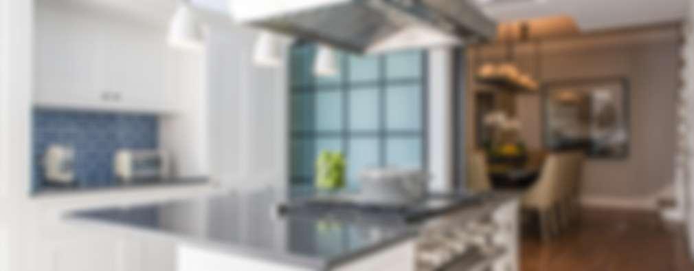 modern Kitchen by Toninho Noronha Arquitetura