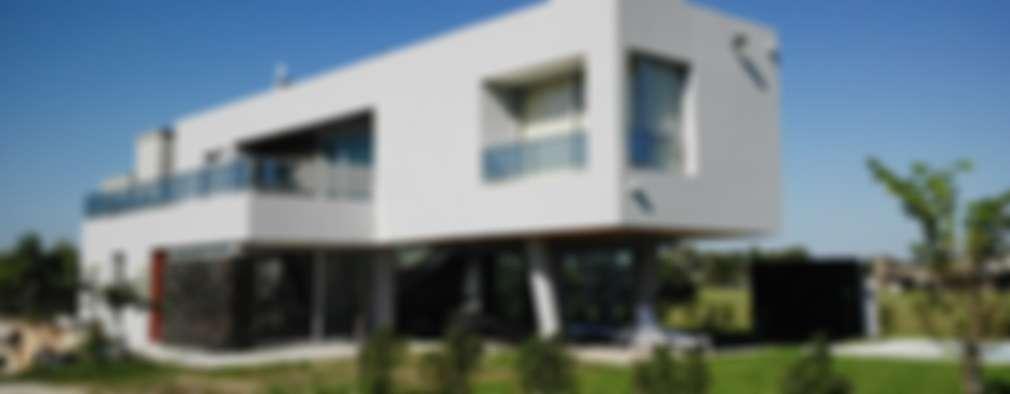 Barandas en vidrio- Detalles: Casas de estilo moderno por VHA Arquitectura