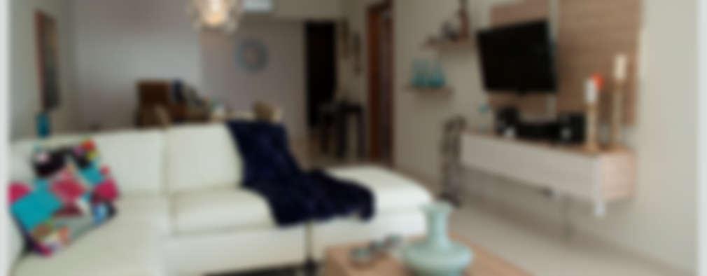 Living comedor y espacio TV: Livings de estilo ecléctico por Diseñadora Lucia Casanova