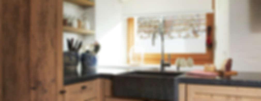 Cucina in stile in stile Rustico di Meier Architekten GmbH