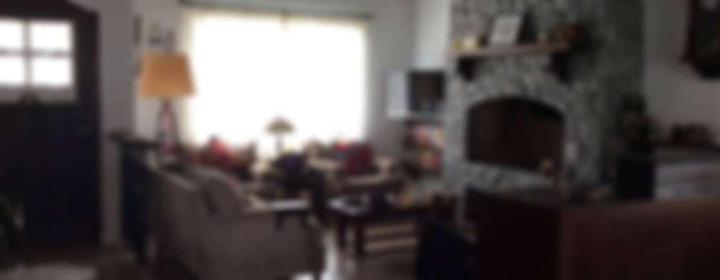 classic Living room by Estudio de arq. Tomás Hosmann