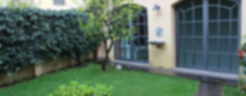 Jardines de estilo moderno por STUDIO ARCHIFIRENZE