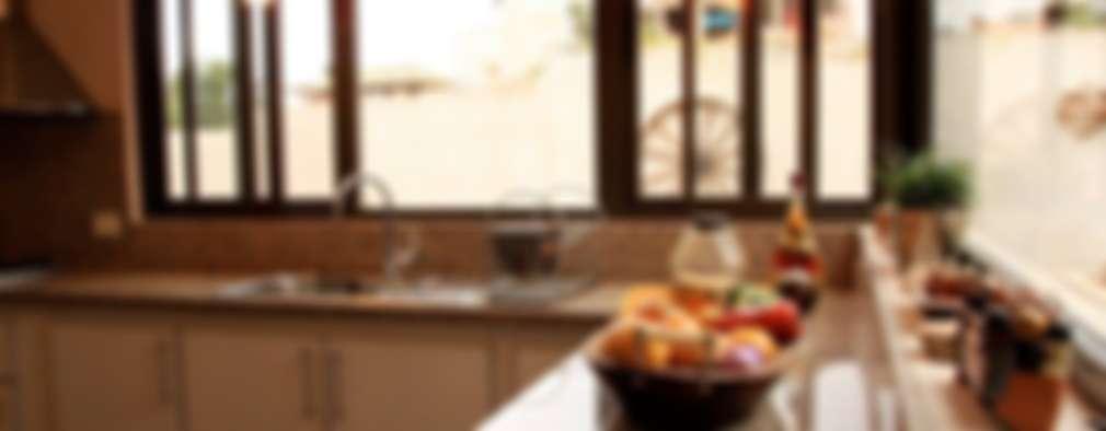 klasieke Keuken door renziravelo
