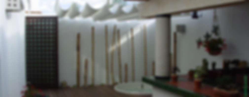 : Terrazas de estilo  por AQ3 Arquitectos