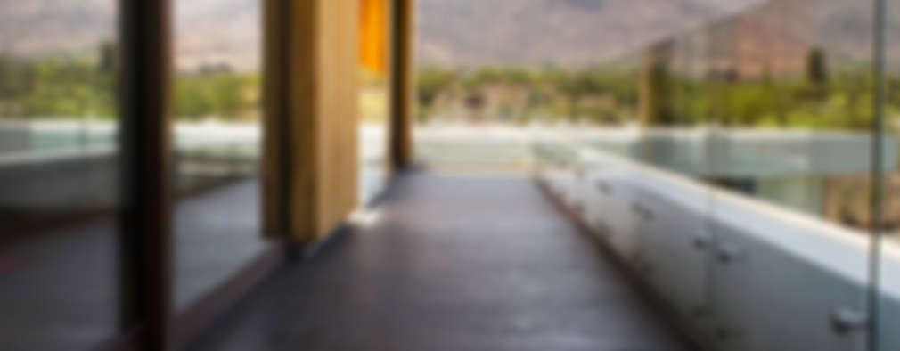 CASA VER: Terrazas  de estilo  por BMRG arquitectos