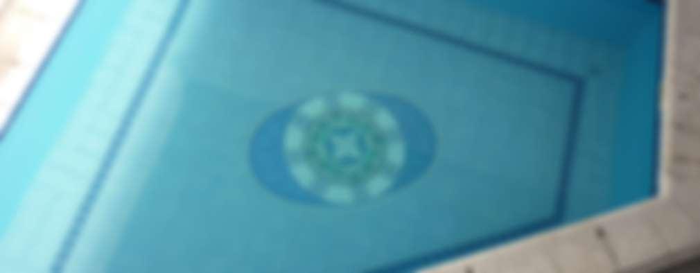 Mandala para fondo de piscina: Piletas de estilo moderno por Mosa Y Quito