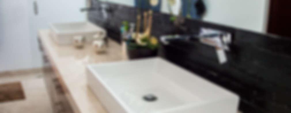 Ванные комнаты в . Автор – AParquitectos