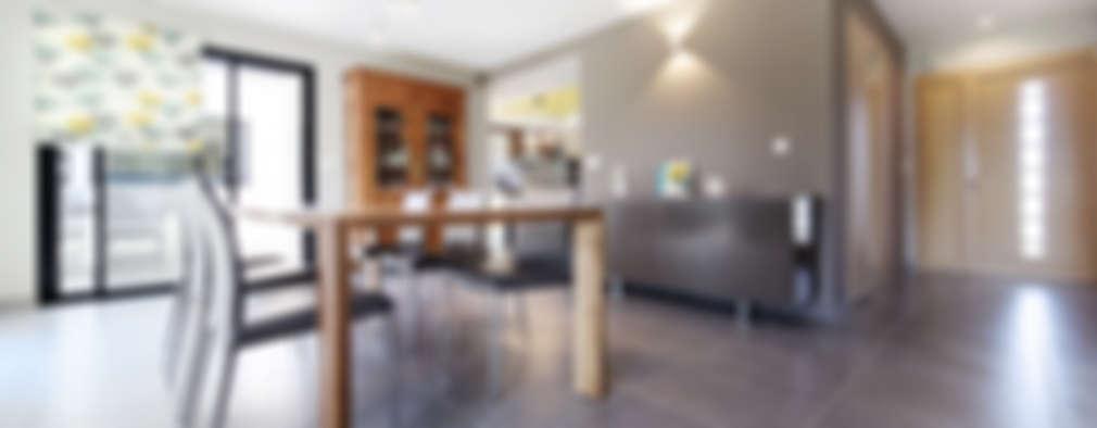 Comedores de estilo moderno por O2 Concept Architecture