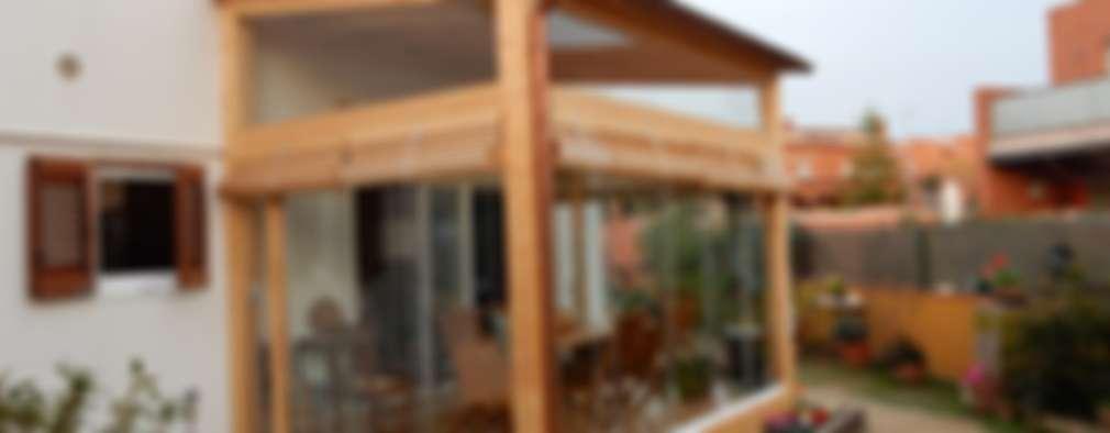 Casas de estilo moderno por Lignea Construcció Sostenible