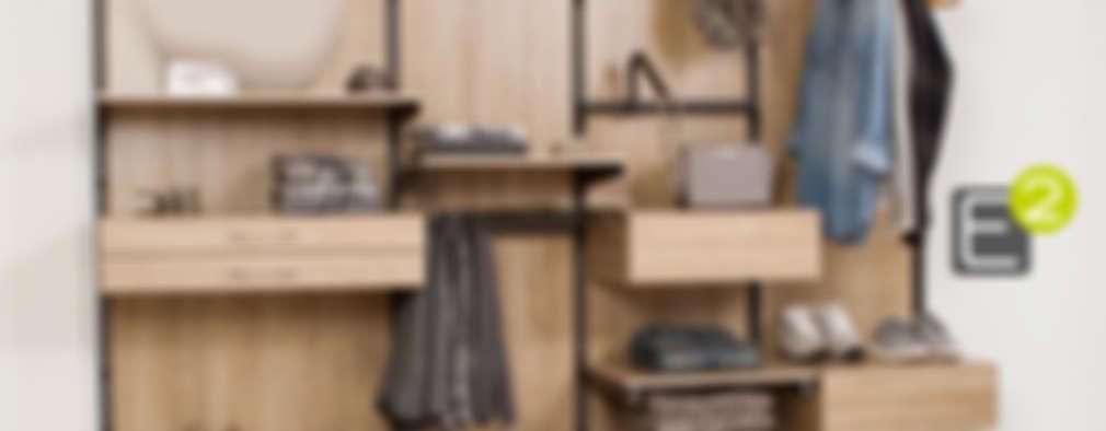 Vestidores y closets de estilo moderno por Espacio al Cuadrado