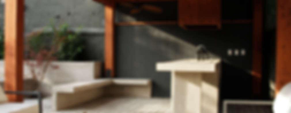 CASA LZ.: Terrazas  de estilo  por ESTUDIO BASE ARQUITECTOS