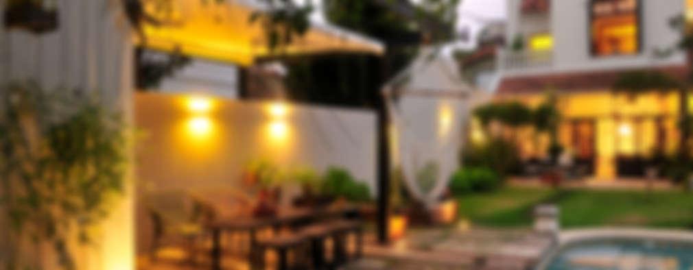 Casa SIRI · Paula Herrero   Arquitectura: Jardines de estilo moderno por Paula Herrero   Arquitectura