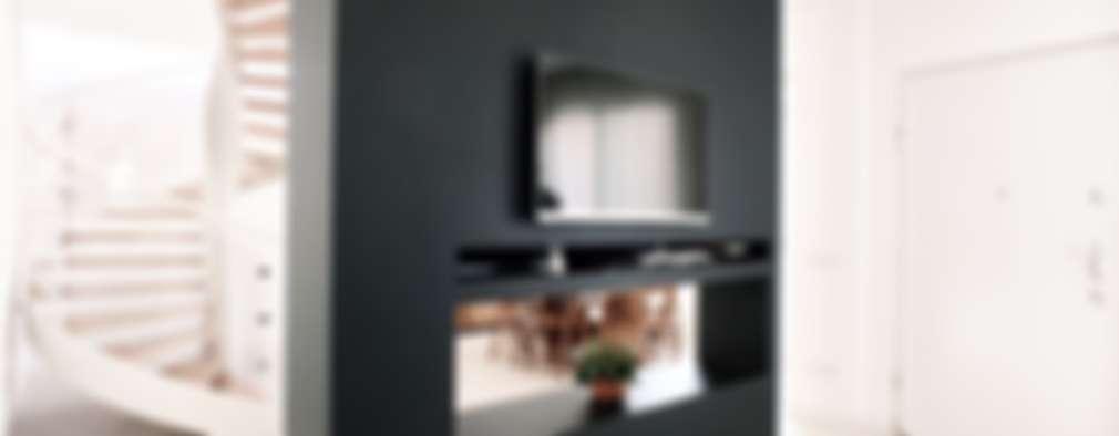 modern Living room by M16 architetti