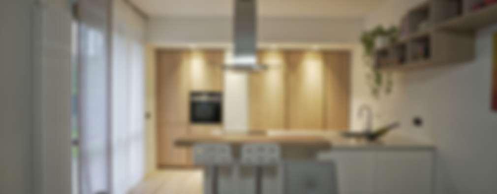 Un appartamento messo male diventa originale e moderno for Piani domestici contempory