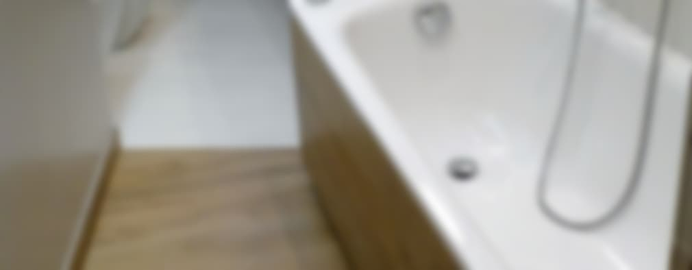 Une salle de bains humiliante des années 70 devenue moderne