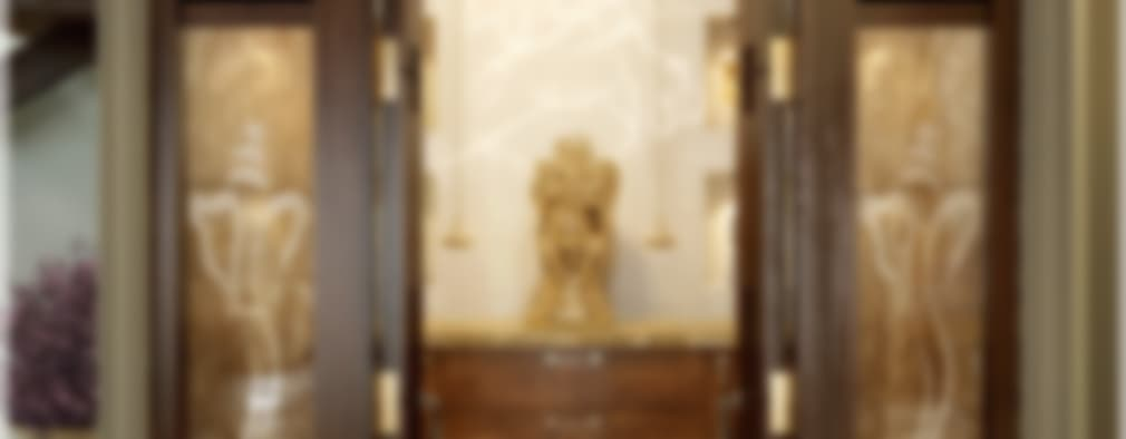 Victorian + Modern Contemporary:  Corridor & hallway by Premdas Krishna