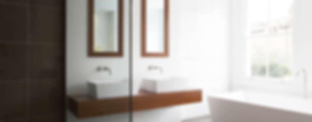 Baños de estilo minimalista por Elemental Architecture
