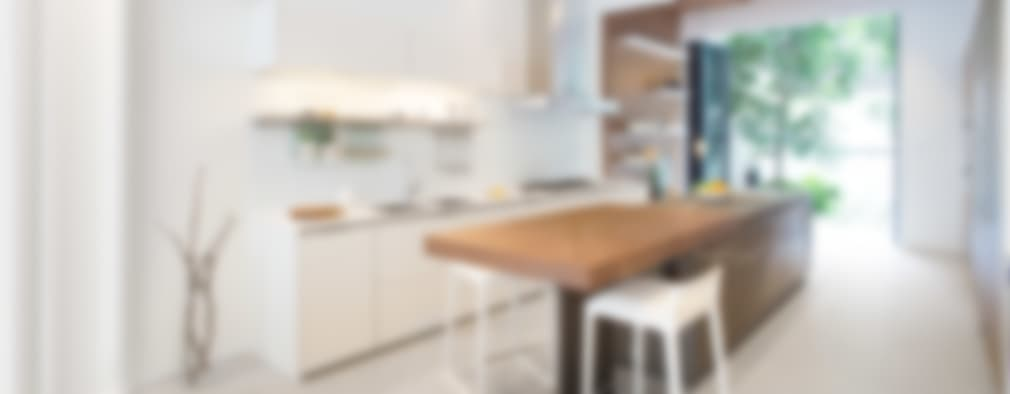 minimalistic Kitchen by Sensearchitects Limited