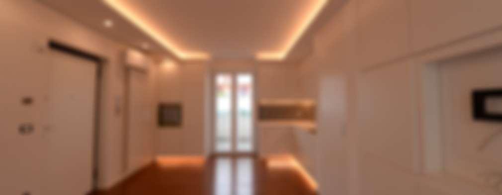 Salas de estilo moderno por yesHome