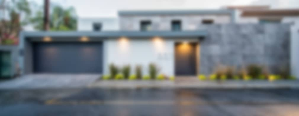 QR201: Casas de estilo moderno por ESTUDIO TANGUMA