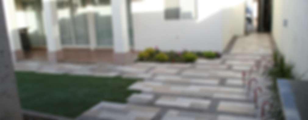 diseño de pisos: Jardines de estilo moderno por Daniel Teyechea, Arquitectura & Construccion