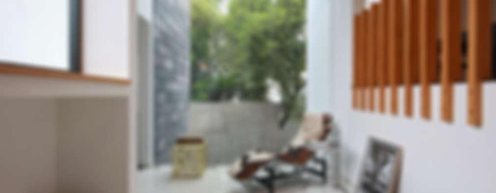 Casa BGD: Pasillos y recibidores de estilo  por All Arquitectura