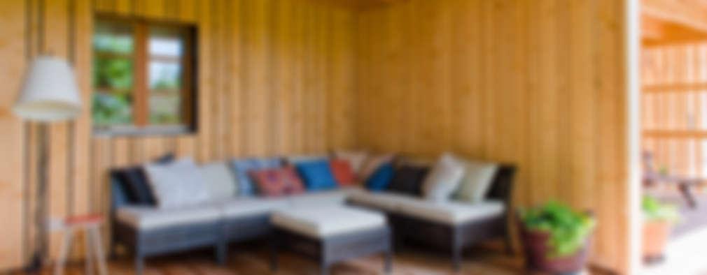 بلكونة أو شرفة تنفيذ w. raum Architektur + Innenarchitektur