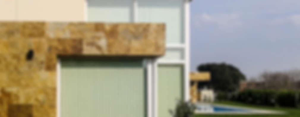 Casa en Rumencó: Casas de estilo moderno por id:arq
