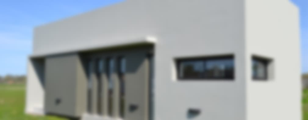 Frente: Casas de estilo moderno por Estudio Pauloni Arquitectura