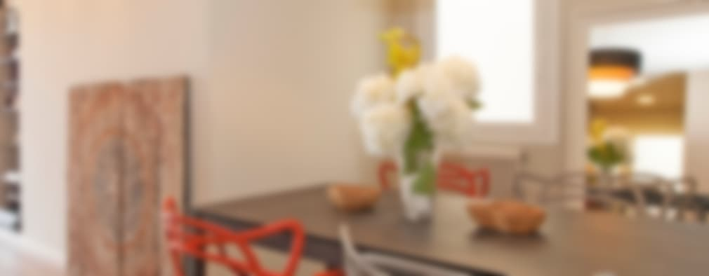 Sala da pranzo in stile in stile Moderno di Sincro