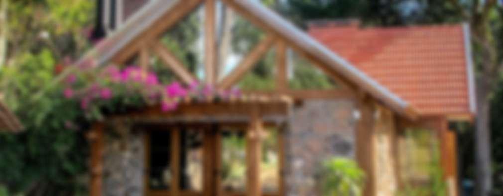 Casas de campo de estilo  por Simone Miranda Representante - Amplex Aberturas em PVC