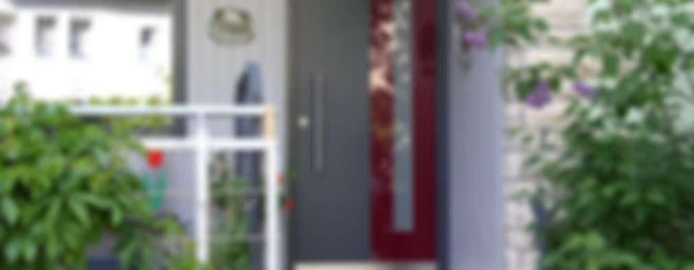 Puertas de estilo  por Treppenbau Biehler