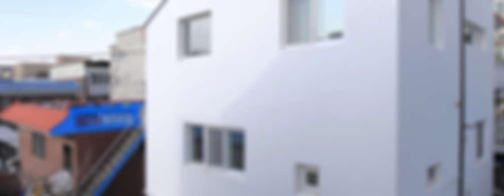 수원 단독주택: Architecture group [tam]의  다가구 주택