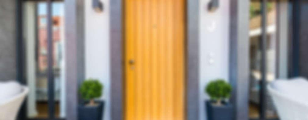 двери в . Автор – Sizz Design