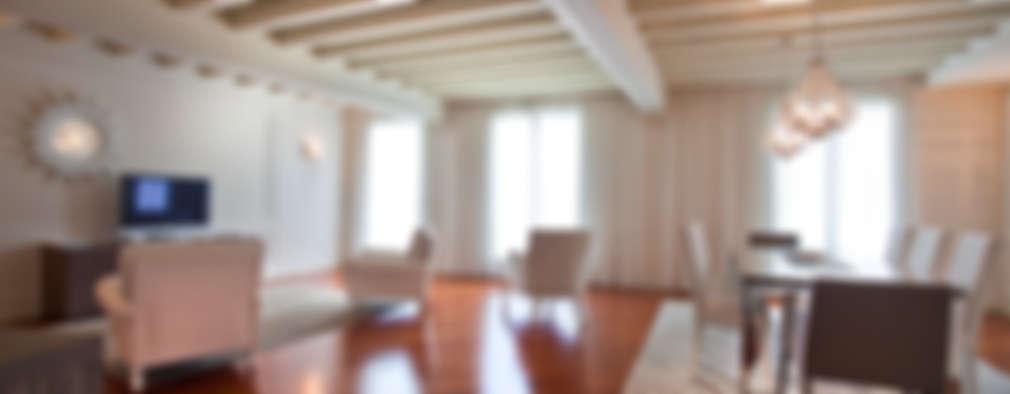 غرفة المعيشة تنفيذ Fab Arredamenti su Misura