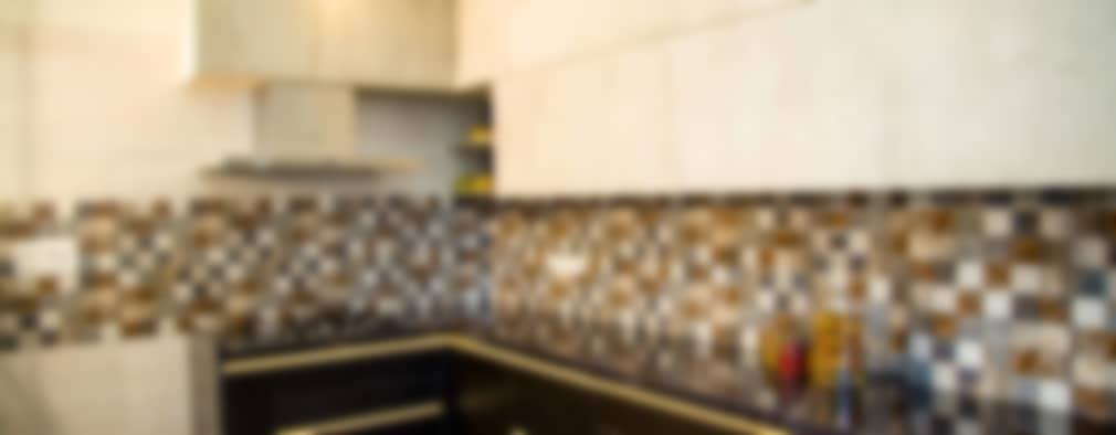 Mrs. Rama Vaidyananath: modern Kitchen by Aesthetica