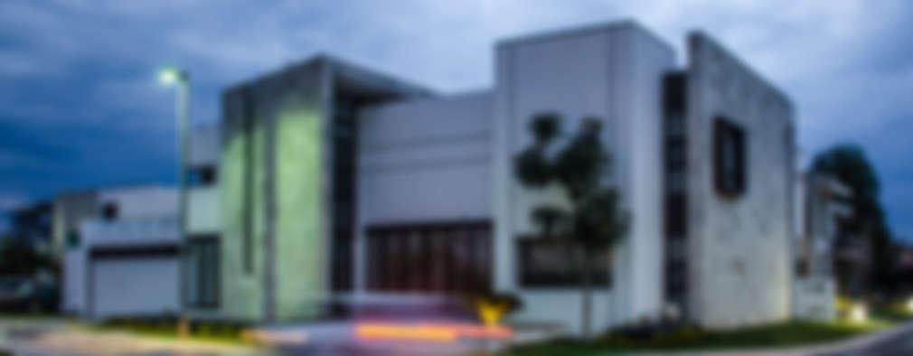 CASA MM: Casas de estilo minimalista por ARQDUO