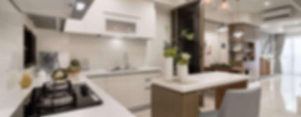 簡約 / 都會風:  置入式廚房 by 騰龘空間設計有限公司