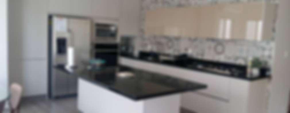 Cocina 3: Cocinas equipadas de estilo  por Athalia cocinas y Carpinteria